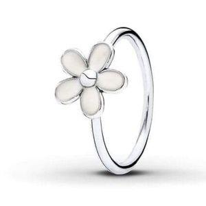Pandora Size 5 Silver and White Enamel Daisy Ring